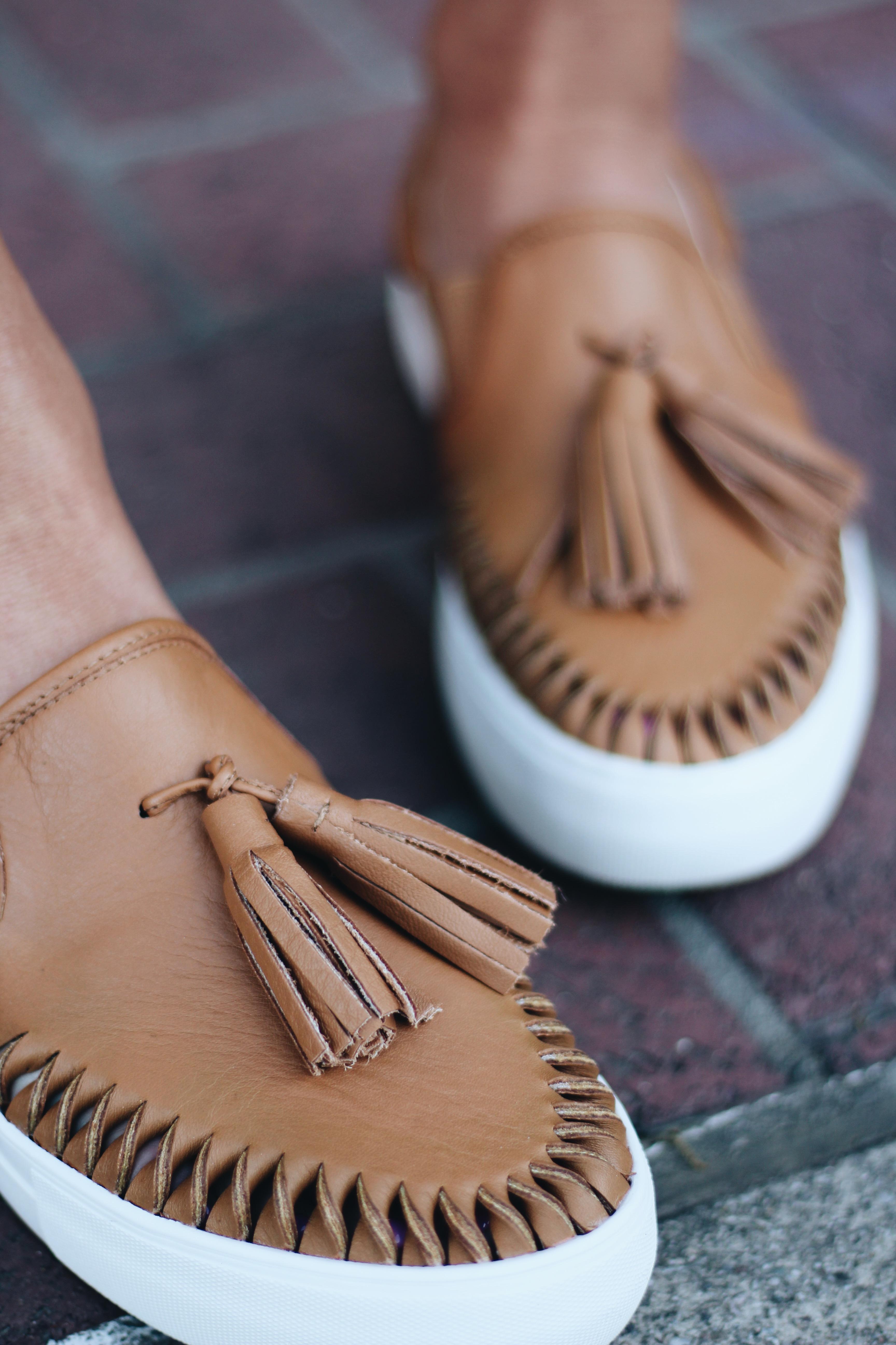 tassle-sneakers-7